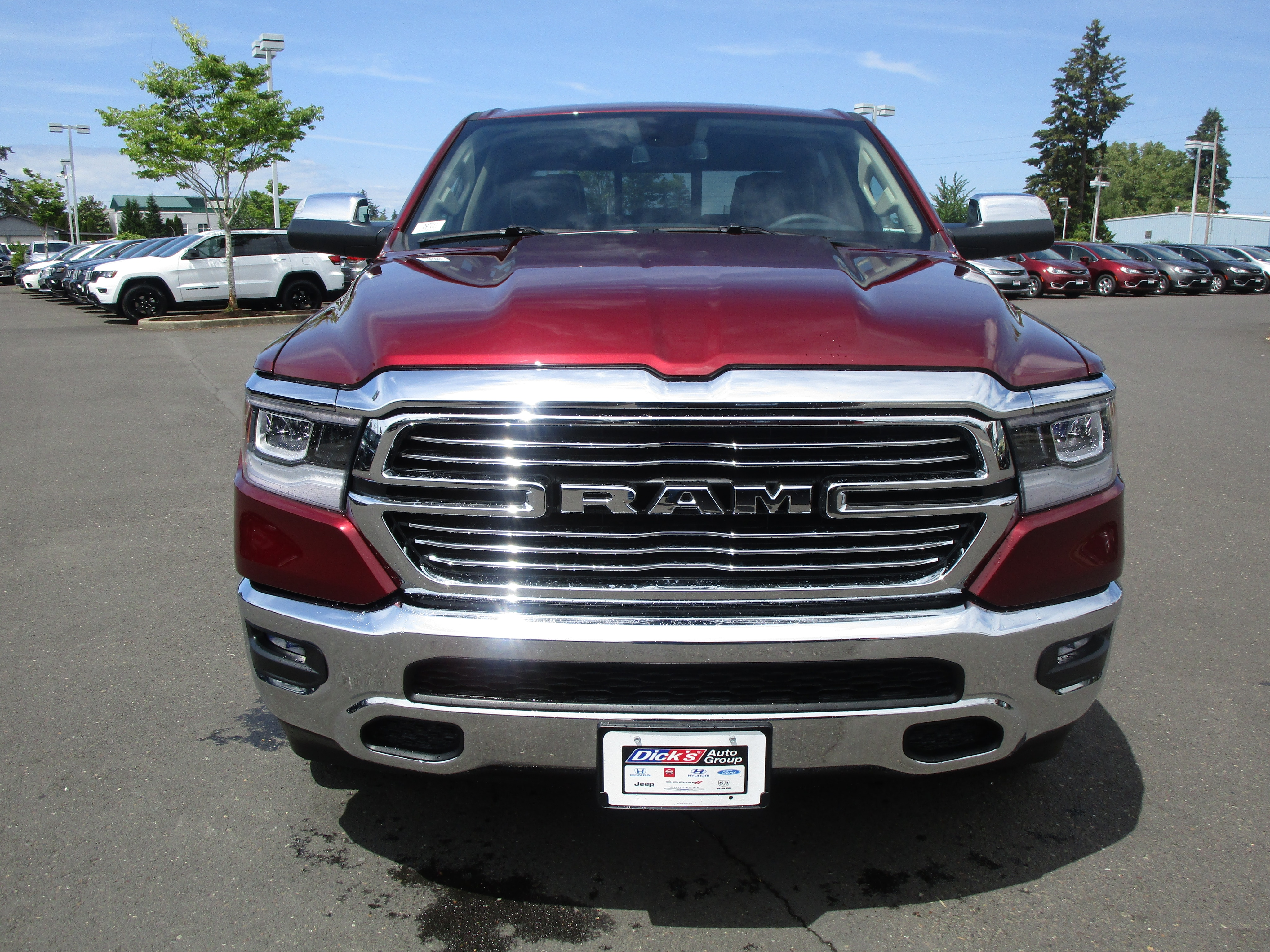 2019 Ram 1500 Crew Cab 4x4,  Pickup #097011 - photo 4