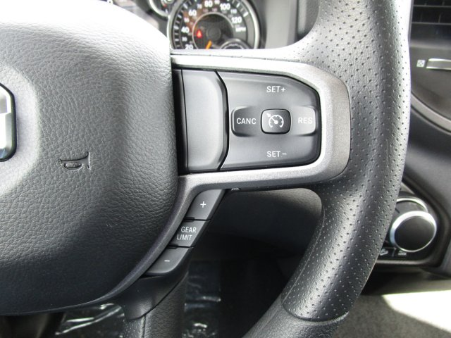 2019 Ram 1500 Crew Cab 4x4,  Pickup #097025 - photo 23