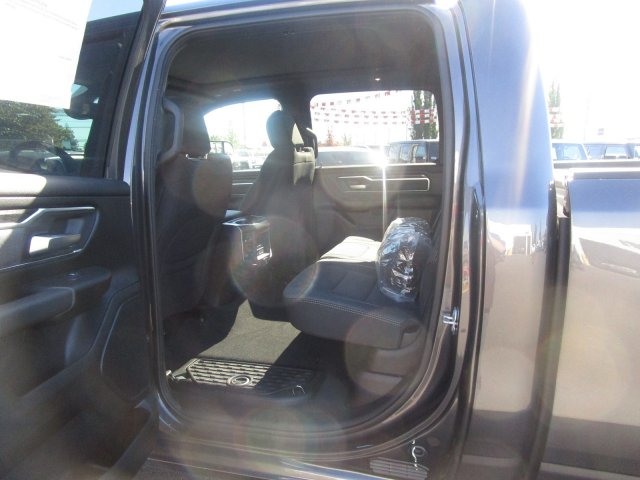 2019 Ram 1500 Crew Cab 4x4,  Pickup #097045 - photo 9