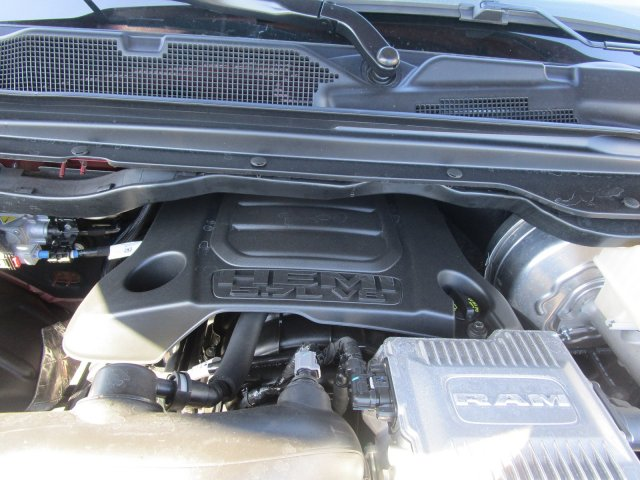 2019 Ram 1500 Crew Cab 4x4,  Pickup #097086 - photo 6