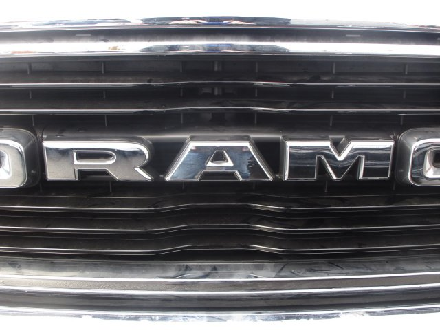 2019 Ram 1500 Quad Cab 4x4,  Pickup #097118 - photo 10
