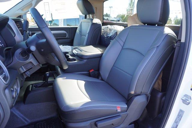 2020 Ram 3500 Regular Cab DRW 4x4, Cab Chassis #T0R392 - photo 9