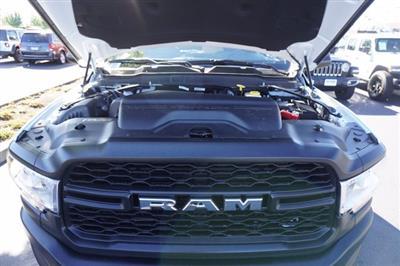 2020 Ram 3500 Regular Cab DRW 4x4, Cab Chassis #T0R392 - photo 25