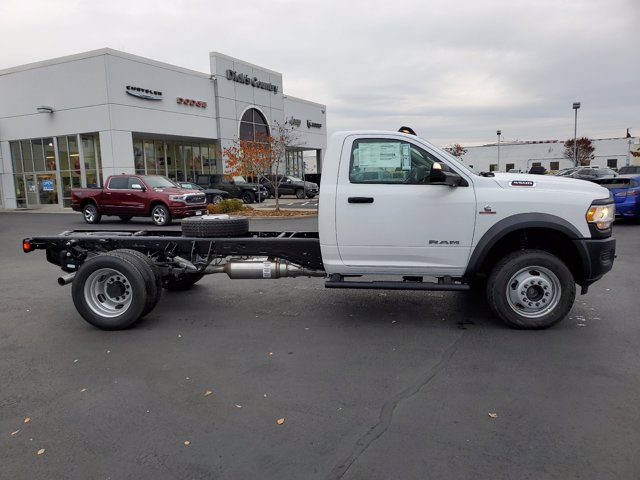 2020 Ram 5500 Regular Cab DRW 4x4, Cab Chassis #T0R442 - photo 2