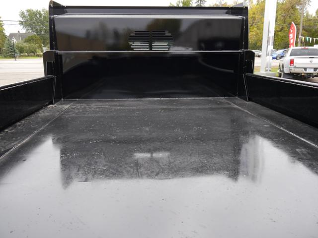 2017 Ram 5500 Regular Cab DRW 4x4 Dump Body #217075 - photo 4