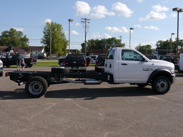 2017 Ram 5500 Regular Cab DRW Cab Chassis #217256 - photo 3