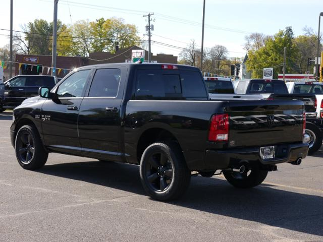 2018 Ram 1500 Crew Cab 4x4 Pickup #218030 - photo 2