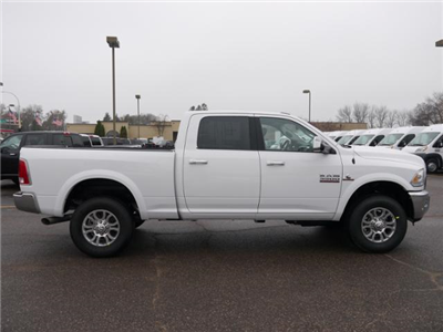 2018 Ram 3500 Crew Cab 4x4 Pickup #218033 - photo 3