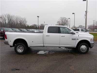 2018 Ram 3500 Crew Cab DRW 4x4, Pickup #218038 - photo 3