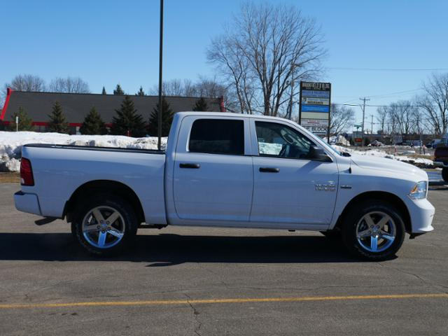 2018 Ram 1500 Crew Cab 4x4, Pickup #218155 - photo 3