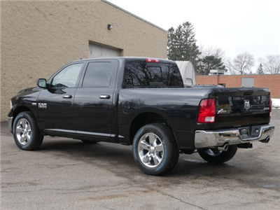 2018 Ram 1500 Crew Cab 4x4, Pickup #218192 - photo 2