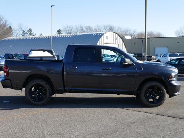 2018 Ram 1500 Crew Cab 4x4, Pickup #218196 - photo 3