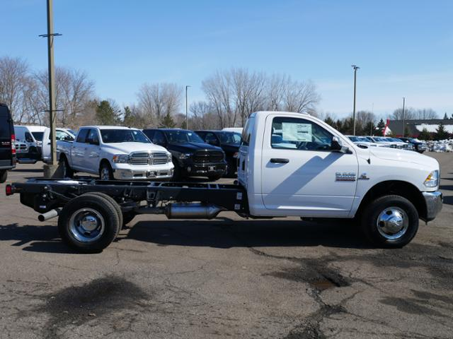2018 Ram 3500 Regular Cab DRW 4x4, Cab Chassis #218204 - photo 3
