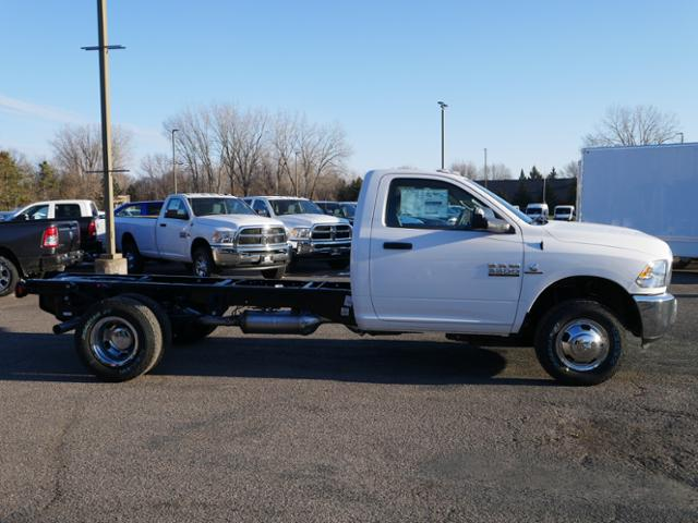 2018 Ram 3500 Regular Cab DRW 4x4,  Cab Chassis #218344 - photo 3
