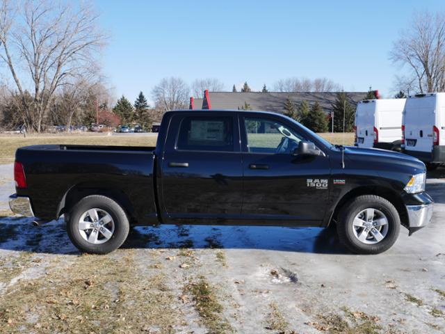 2019 Ram 1500 Crew Cab 4x4,  Pickup #219128 - photo 3