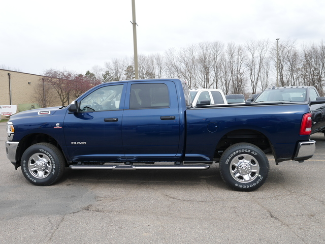 2020 Ram 3500 Crew Cab 4x4, Pickup #220077 - photo 3