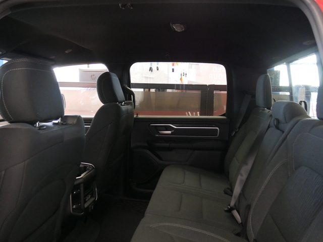 2020 Ram 1500 Crew Cab 4x4, Pickup #220104 - photo 5