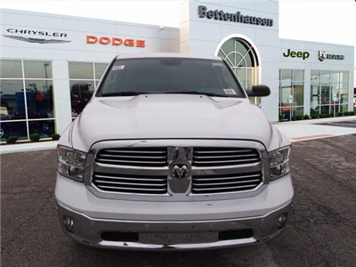 2018 Ram 1500 Crew Cab 4x4,  Pickup #R85294 - photo 4