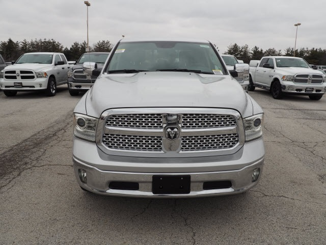 2018 Ram 1500 Crew Cab 4x4, Pickup #R85391 - photo 6