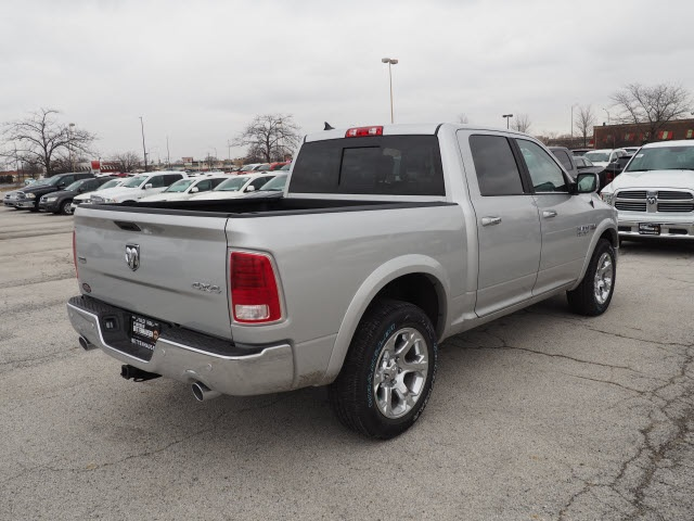 2018 Ram 1500 Crew Cab 4x4, Pickup #R85391 - photo 11
