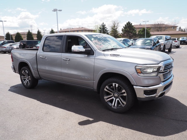 2019 Ram 1500 Crew Cab 4x4,  Pickup #R85468 - photo 9