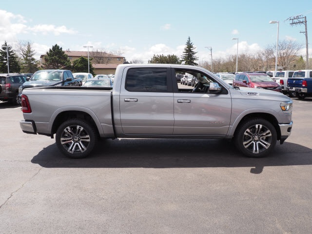 2019 Ram 1500 Crew Cab 4x4,  Pickup #R85468 - photo 10