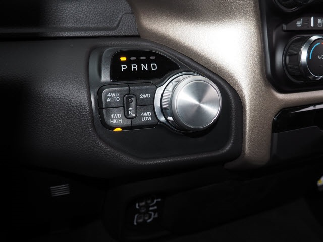 2019 Ram 1500 Crew Cab 4x4, Pickup #R85470 - photo 21