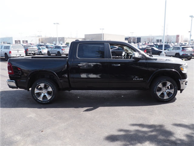 2019 Ram 1500 Crew Cab 4x4,  Pickup #R85483 - photo 7