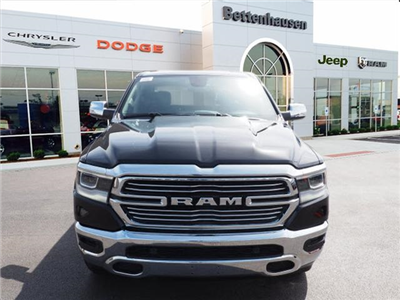 2019 Ram 1500 Crew Cab 4x4,  Pickup #R85489 - photo 4