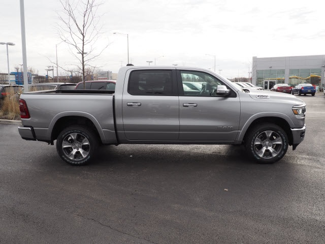 2019 Ram 1500 Crew Cab 4x4, Pickup #R85508 - photo 7