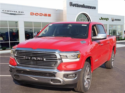 2019 Ram 1500 Crew Cab 4x4,  Pickup #R85573 - photo 3