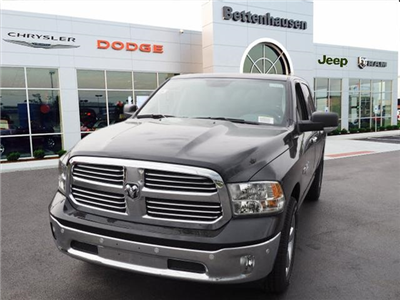 2018 Ram 1500 Crew Cab 4x4,  Pickup #R85608 - photo 3
