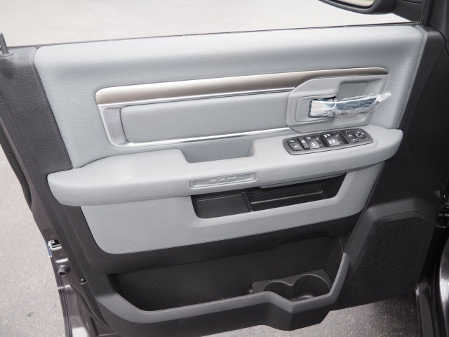 2018 Ram 1500 Crew Cab 4x4,  Pickup #R85610 - photo 25