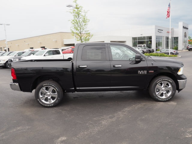 2018 Ram 1500 Crew Cab 4x4,  Pickup #R85613 - photo 7