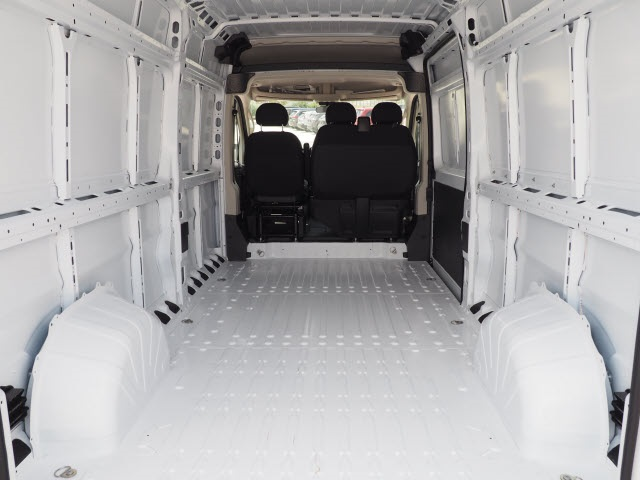 2018 ProMaster 2500 High Roof FWD,  Empty Cargo Van #R85625 - photo 2