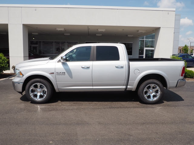 2018 Ram 1500 Crew Cab 4x4,  Pickup #R85654 - photo 16