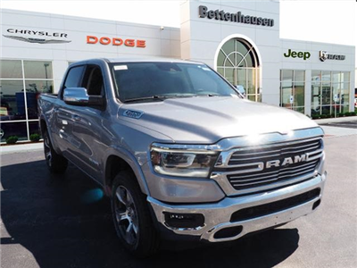 2019 Ram 1500 Crew Cab 4x4,  Pickup #R85669 - photo 4
