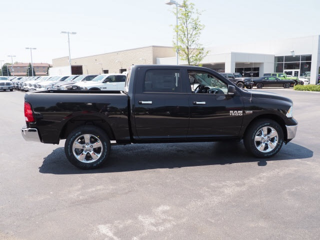 2018 Ram 1500 Crew Cab 4x4,  Pickup #R85700 - photo 7
