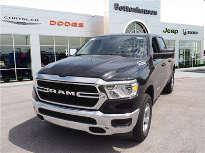 2019 Ram 1500 Crew Cab 4x4,  Pickup #R85720 - photo 3