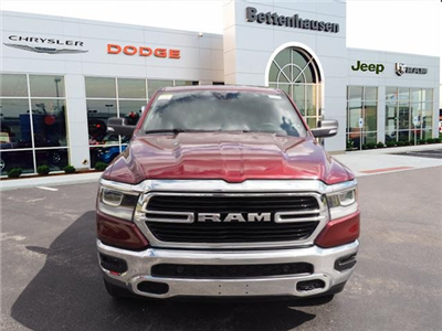 2019 Ram 1500 Crew Cab 4x4,  Pickup #R85754 - photo 4