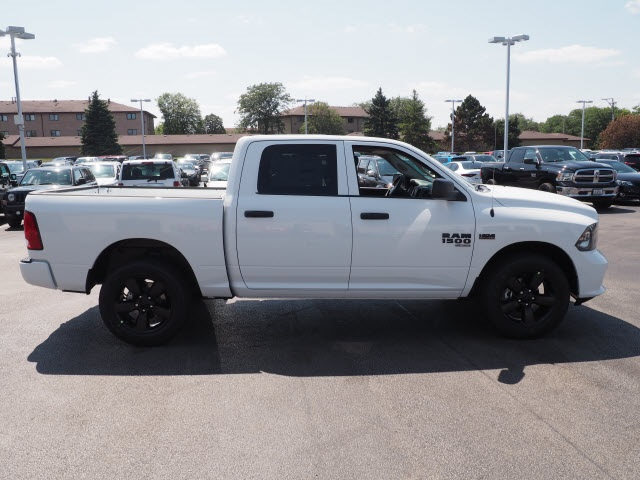 2019 Ram 1500 Crew Cab 4x4,  Pickup #R85803 - photo 7