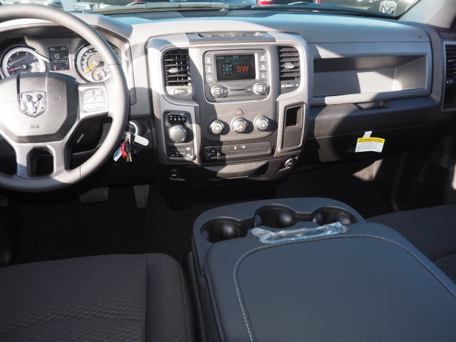 2019 Ram 1500 Crew Cab 4x4,  Pickup #R85822 - photo 14