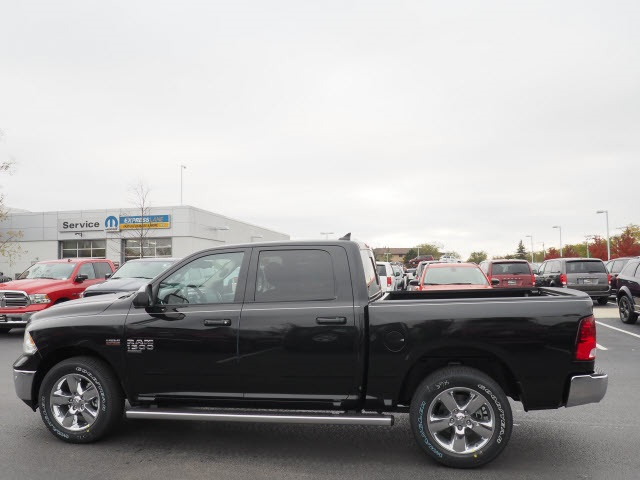 2019 Ram 1500 Crew Cab 4x4,  Pickup #R85889 - photo 12