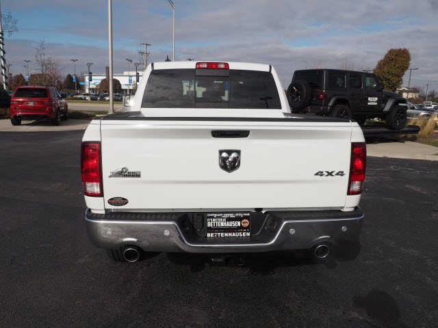 2019 Ram 1500 Crew Cab 4x4,  Pickup #R85893 - photo 10