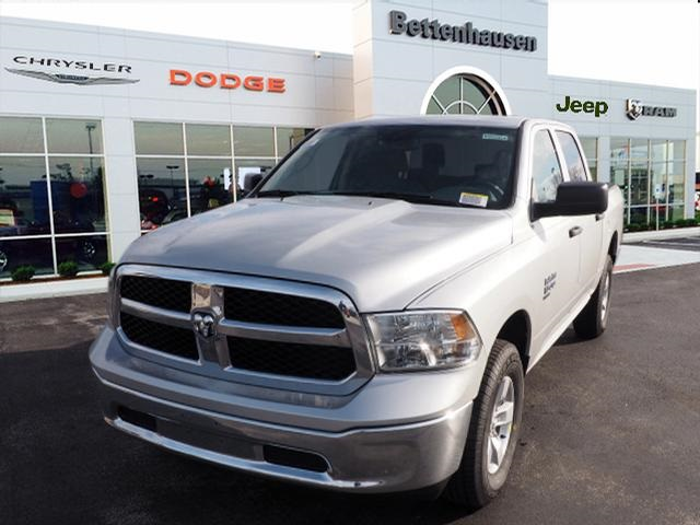 2019 Ram 1500 Crew Cab 4x4,  Pickup #R85954 - photo 3