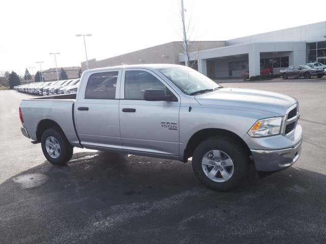 2019 Ram 1500 Crew Cab 4x4,  Pickup #R85954 - photo 6