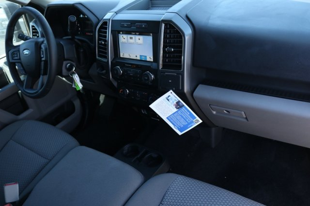 2018 F-150 SuperCrew Cab 4x2,  Pickup #FJ1394 - photo 10