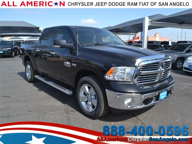 2017 Ram 1500 Crew Cab 4x4, Pickup #HS607988 - photo 1