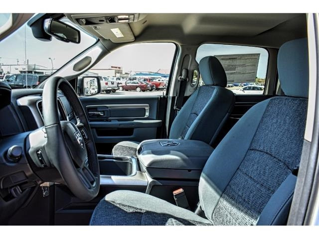 2018 Ram 1500 Crew Cab, Pickup #JG151480 - photo 19