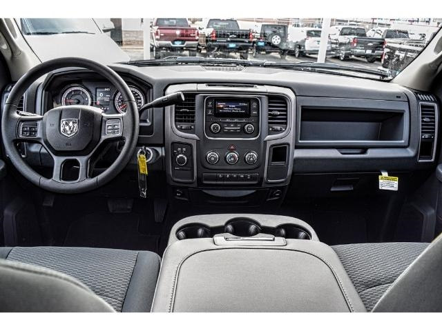 2018 Ram 2500 Crew Cab 4x4, Pickup #JG160220 - photo 17